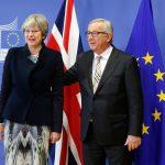 Sterlina debole sulla questione irlandese... Bene i servizi in Europa e in Italia